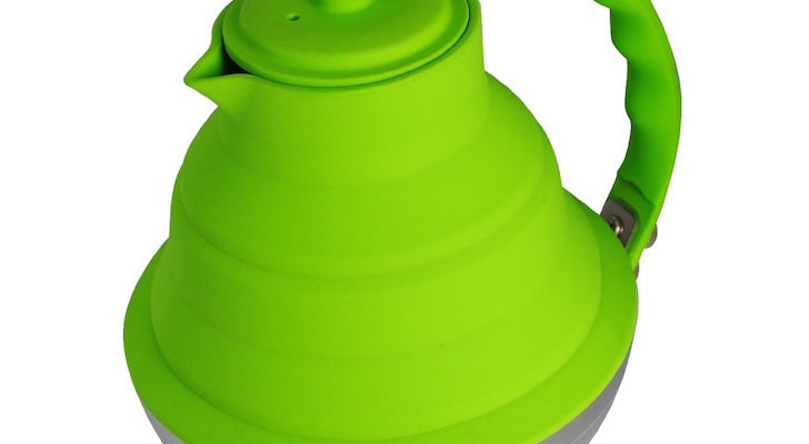 Collapsible tea kettle